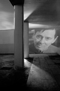 Fotografía de ANA TERESA ORTEGA Alicante, 1952. Licenciada en Bellas Artes, especialidad de escultura en la Facultad de BB.AA. de Valencia. Profesora de la Facultad de Bellas Artes de Valencia. (Galería Visor)