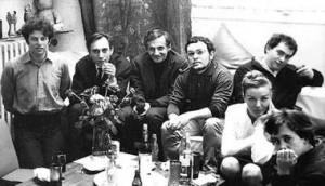 De izquierda a derecha: Alejandro Jodorowsky, Jacques Sternberg, Fedorov, Fernando Arrabal, Roland Topor, Luce Moreau y Toyen